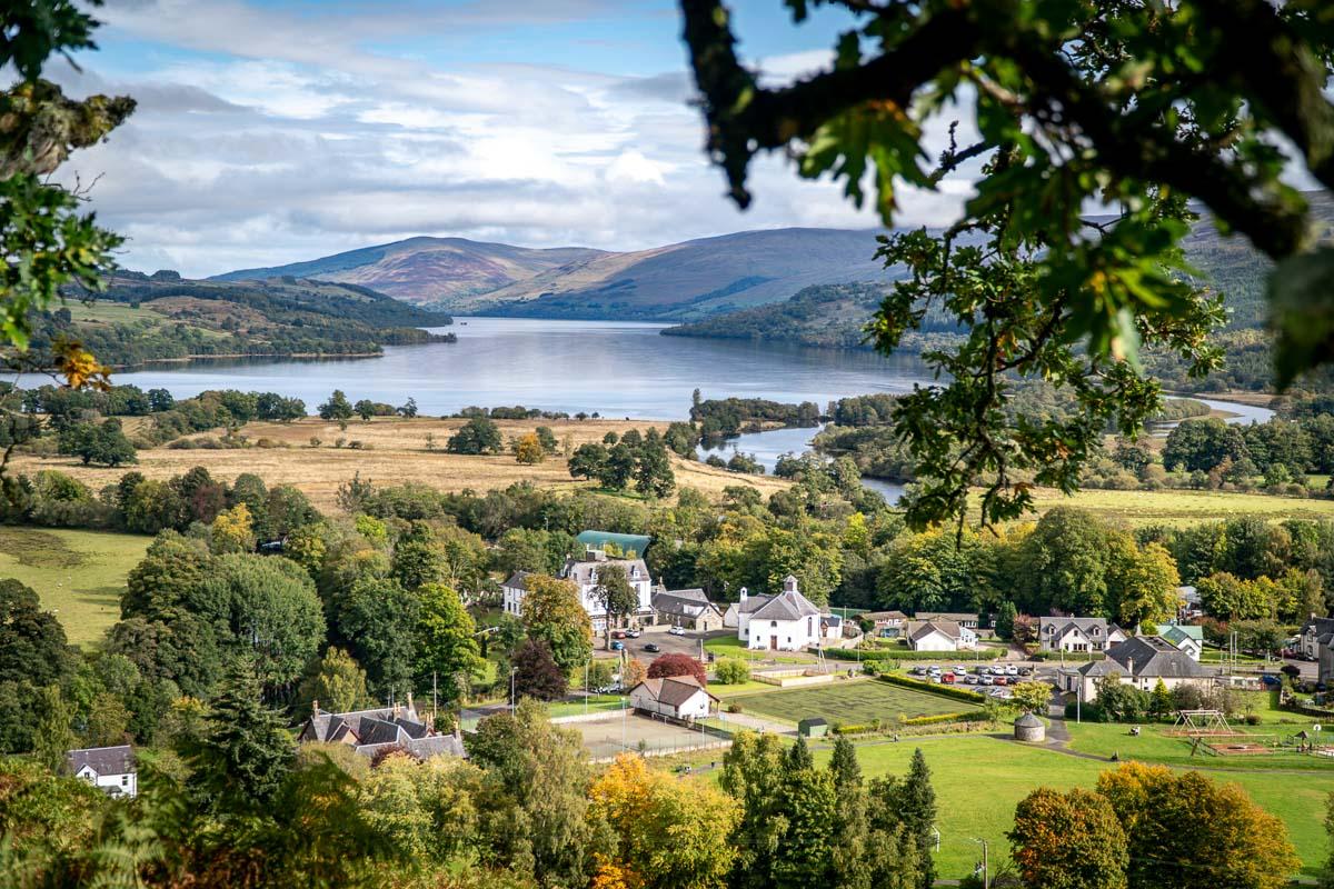 the village of killin and la view of och tay in scotland