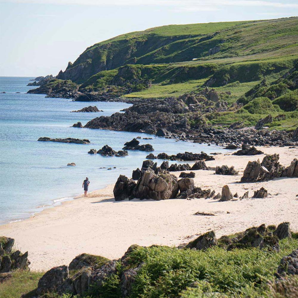 singing sands beach islay scotland